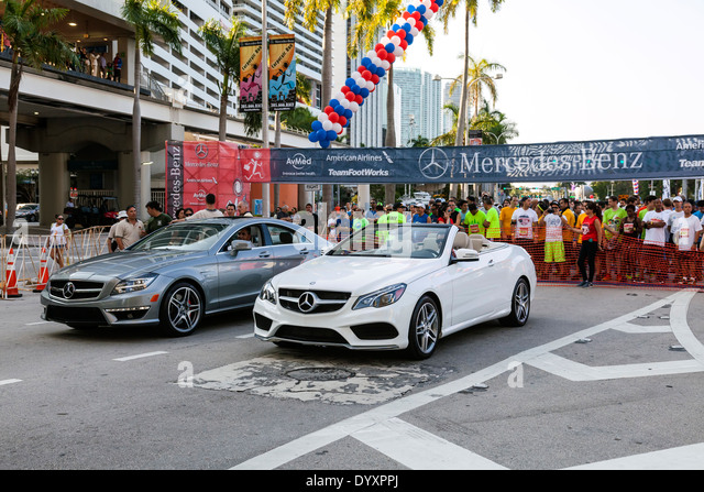 Pace cars stock photos pace cars stock images alamy for Mercedes benz corporate