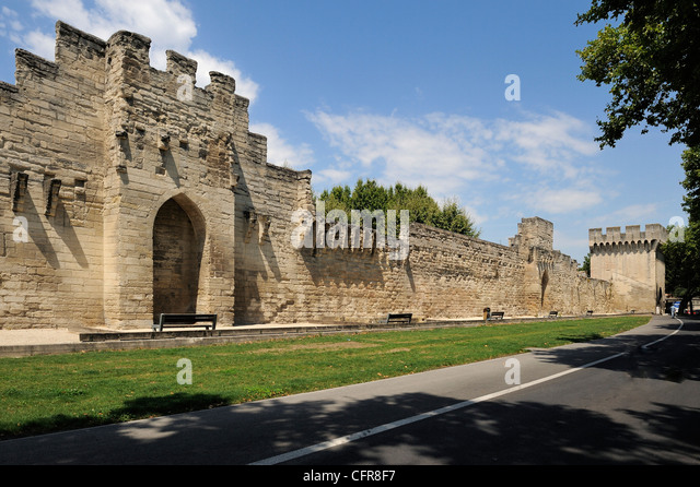 avignon provence france stock photos avignon provence france stock images alamy. Black Bedroom Furniture Sets. Home Design Ideas