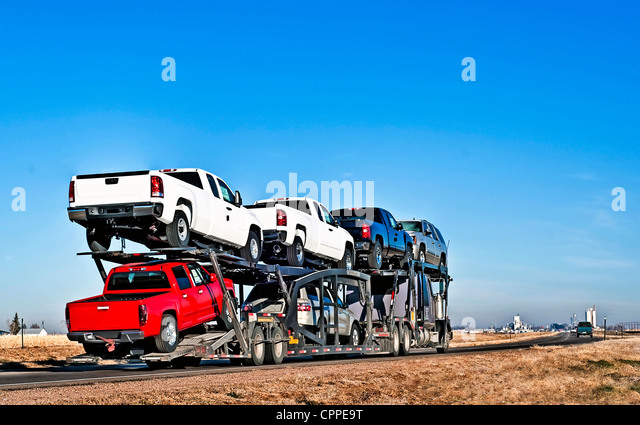 Car Hauler Truck Stock Photos & Car Hauler Truck Stock Images - Alamy