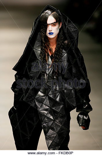 Gareth Pugh Stock Photos & Gareth Pugh Stock Images