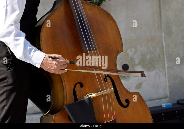 how to play upright bass with a bow