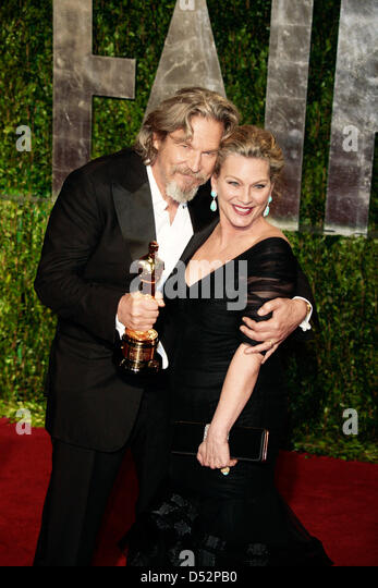 Great Actor Jeff Bridges And His Wife Susan Geston Arrive At The Vanity Fair  Oscar Party At
