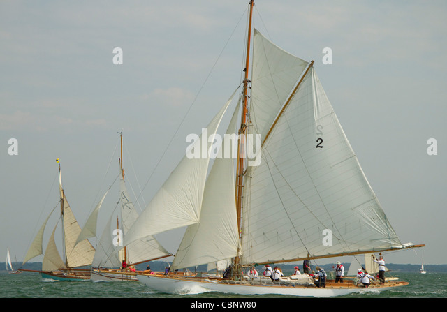 Gaff rigged yacht stock photos gaff rigged yacht stock for 68 garden design gaff rigged schooner