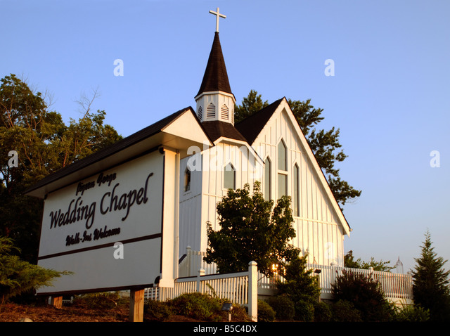 a wedding chapel in pigeon forge tennessee near the smoky mountains stock image