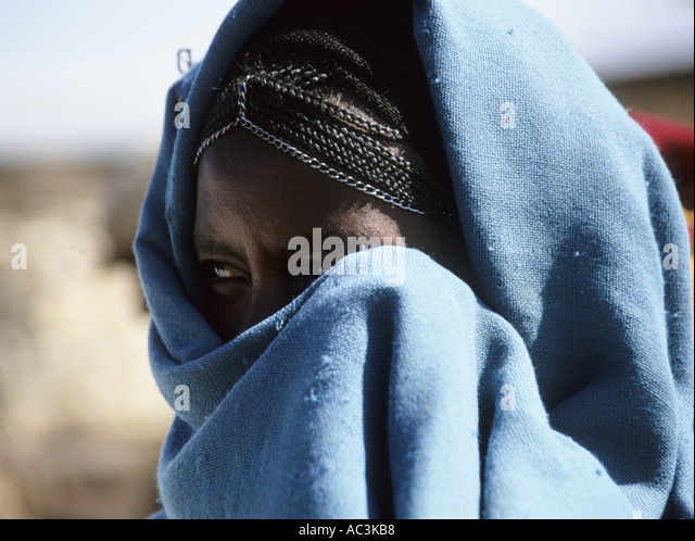 Shawl Covering Face Stock Photos Amp Shawl Covering Face