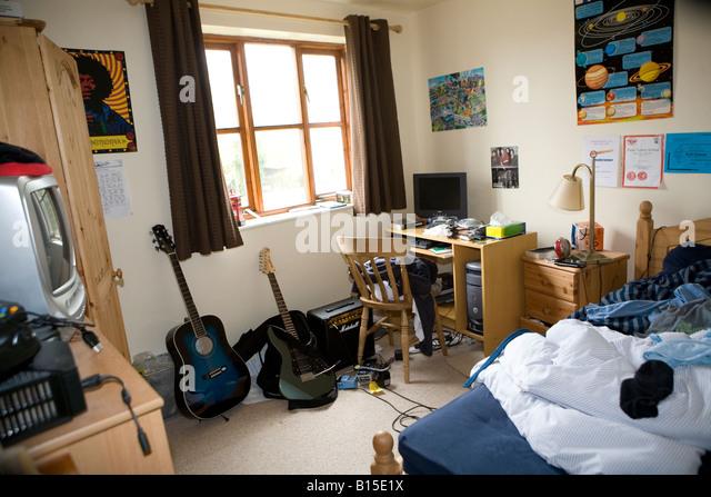 teenagers bedroom desk stock photos & teenagers bedroom desk stock