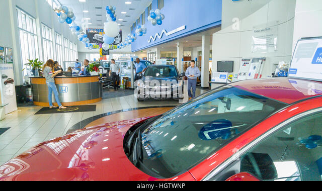 Auto Dealership Stock Photos Amp Auto Dealership Stock