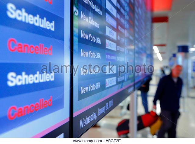 """logan airport delay questions Essay logan airport delay questions assignment questions for """"the delays at logan airport"""" case question 1 (25 points) in the delays at logan airport case, there are different proposals for."""