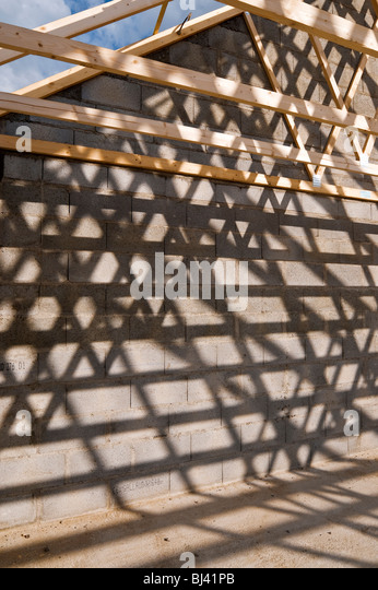 Roof trusses stock photos roof trusses stock images alamy for Prefabricated roof truss