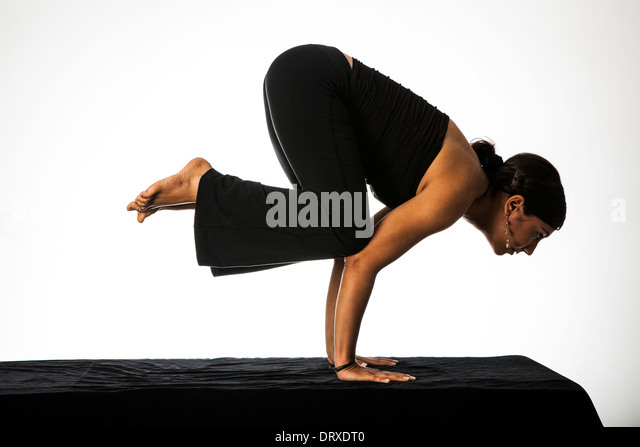 Crow Pose Stock Photos & Crow Pose Stock Images - Alamy