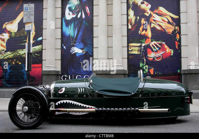 Classic British Racing Green Stock Photos & Classic ...