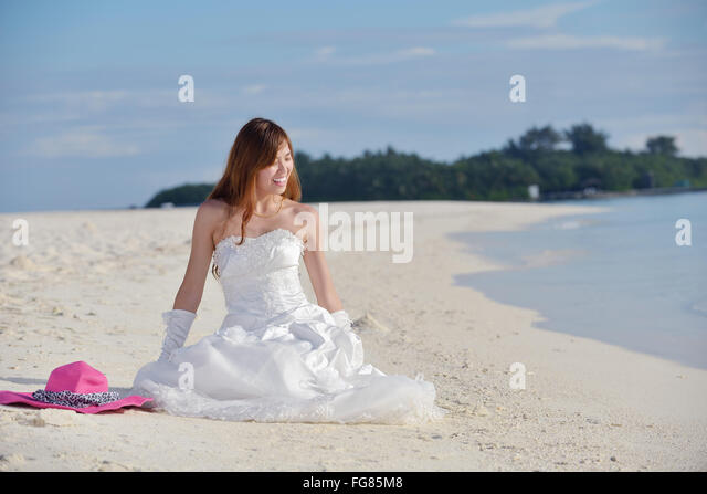 hall beach asian personals Japan-asian tgp - daily updated  japan-asian sex: daily updated lingerie pics and movies:  sex personals  fetish personals  gay personals  vanilla dating.