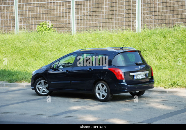 Sw france stock photos sw france stock images alamy for Garage peugeot limoux