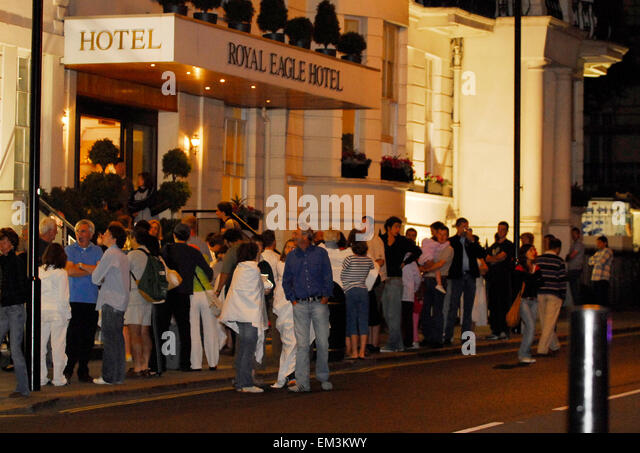fire hotel guests evacuation stock photos fire hotel guests evacuation stock images alamy. Black Bedroom Furniture Sets. Home Design Ideas