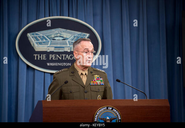 Marine corps gen joseph dunford stock photos marine for Chair joint chiefs of staff
