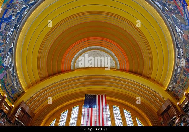 Cincinnati union terminal stock photos cincinnati union for Art deco architectural details