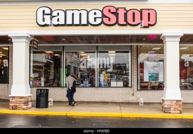 Gamestop Stock Photos & Gamestop Stock Images - Alamy  Gamestop Stock ...