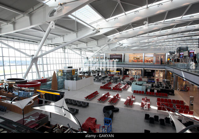 how to get from heathrow terminal 4 to terminal 5