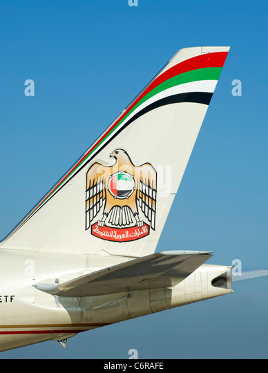 emirates tail logo - photo #46