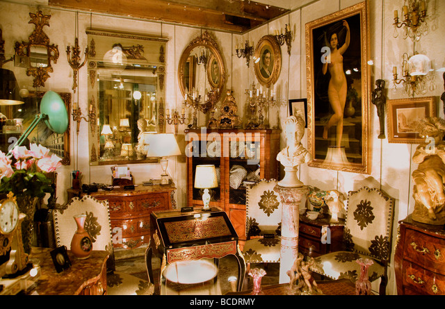 paris antique shop stock photos paris antique shop stock images alamy. Black Bedroom Furniture Sets. Home Design Ideas