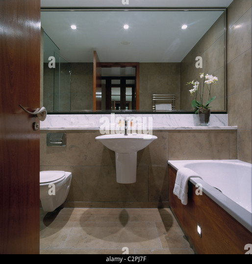 Sinks and toilets stock photos sinks and toilets stock for Bathroom planner ireland