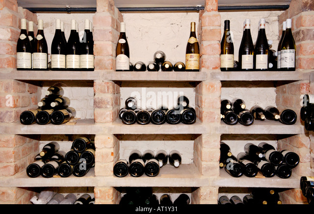 Wine Cellar Hotel Du Vin Stock Photos & Wine Cellar Hotel Du Vin ...