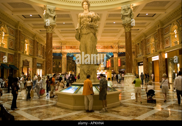 Stores mall crowd usa stock photos stores mall crowd usa for Garden statues las vegas nv