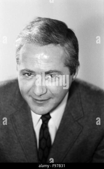 The German actor <b>Werner Bruhns</b> - der-deutsche-schaupieler-werner-bruhns-portrt-deutschland-1970-the-f97b31