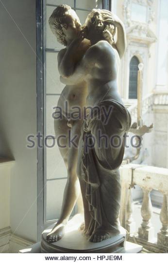 Sculpture Famous Bust Italian Stock Photos & Sculpture ...