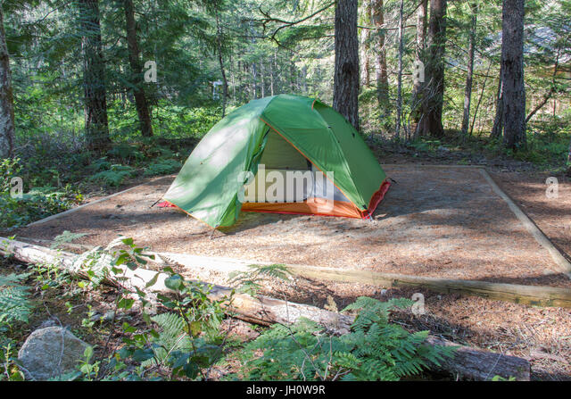 A small tent at a tent pad on Newhalem C&ground North Cascades National Park & Sleeping Pad Stock Photos u0026 Sleeping Pad Stock Images - Alamy