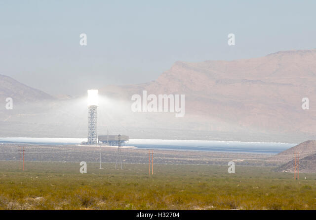 Concentrated Solar Power Plant Stock Photos & Concentrated ...