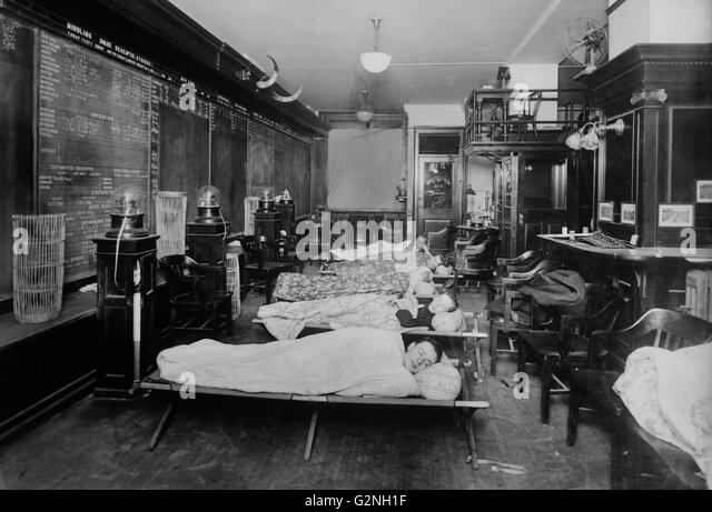 new york city street 1910 stock photos new york city street 1910 stock images alamy. Black Bedroom Furniture Sets. Home Design Ideas