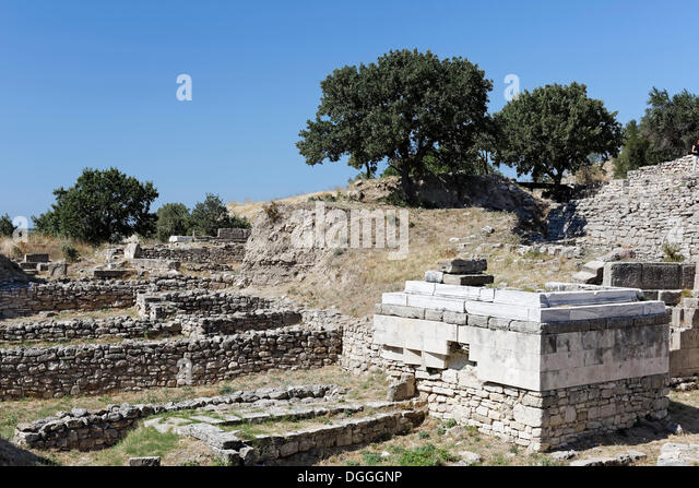 archaeological site of troy Archaeological site of troy – turkey province of çanakkale n39 57 23184 e26 14 204 date of inscription: 1998 criteria: (ii)(iii)(vi) property : 158 ha – ref: 849.