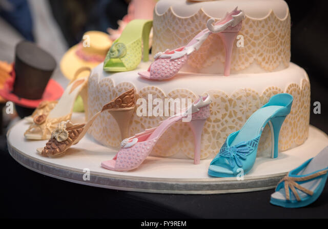 Giant Shoes Stock Photos & Giant Shoes Stock Images - Alamy