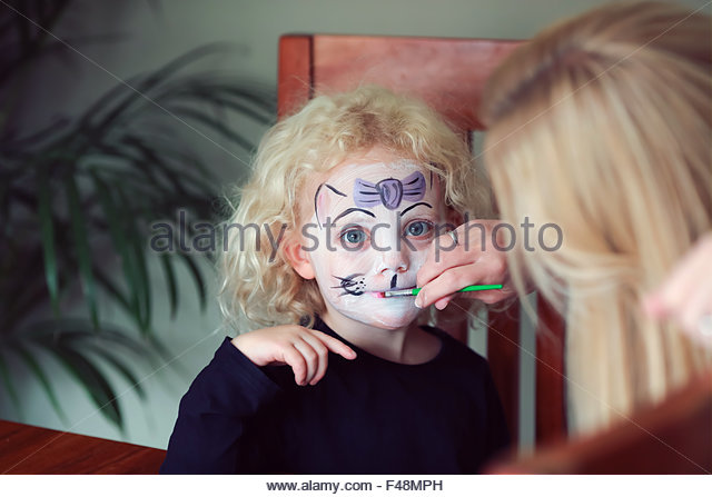 Facepainting Stock Photos Amp Facepainting Stock Images Alamy
