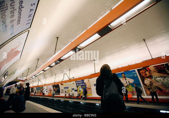Saint michel metro stock photos saint michel metro stock - Saint michel paris metro ...