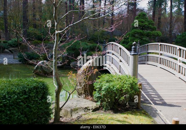 Bridge zen stock photos bridge zen stock images alamy for Zen garden bridge
