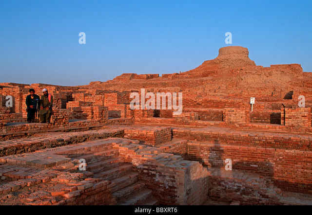 mohen jo daro essay Find this pin and more on mohenjodaro and harappa  mohenjo daro essay in sindhi language  bc indus valley script the script of mohen-jo-daro and harappa.