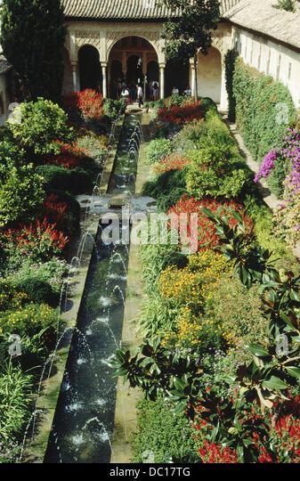 Jardines del generalife stock photos jardines del for Jardines generalife