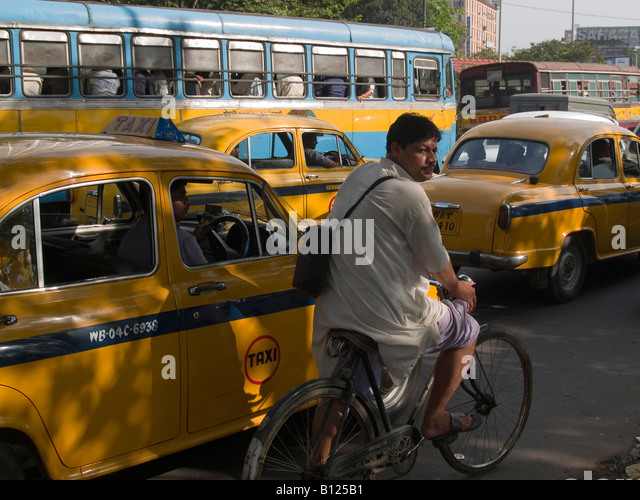 traffic jam in india Сегодня все чаще и больше людей предпочитают смотреть фильмы в интернете на различных.