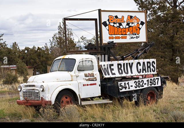 Wrecking Yards In Oregon : Wrecking truck stock photos images