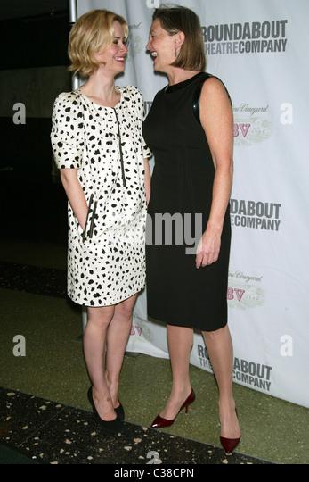 sarah paulson partner cherry jones stock photos amp sarah