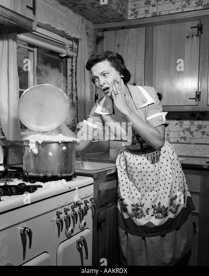 Cooking 1950s Stock Photos & Cooking 1950s Stock Images ...