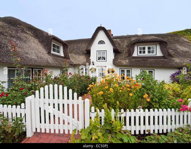 frisian garden stock photos frisian garden stock images alamy. Black Bedroom Furniture Sets. Home Design Ideas