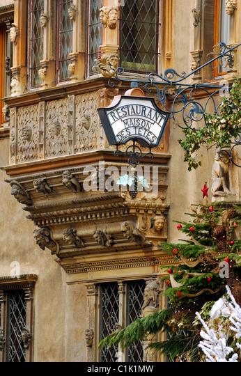 Alsace colmar france maison des tetes restaurant stock - Decoration de facade maison ...