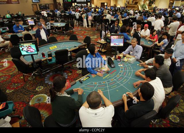 nagaworld casino games