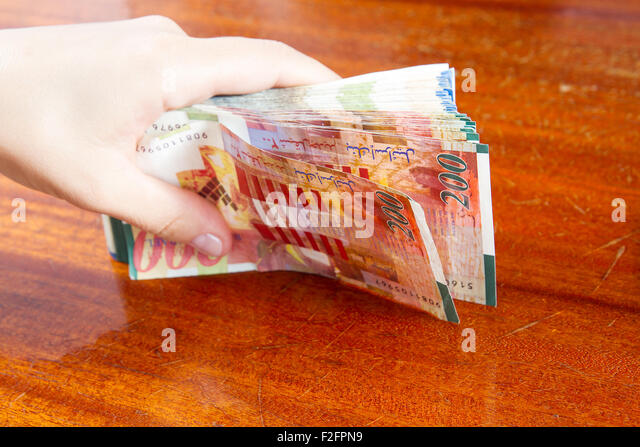 Hand Holding Foreign Notes Stock Photos Amp Hand Holding