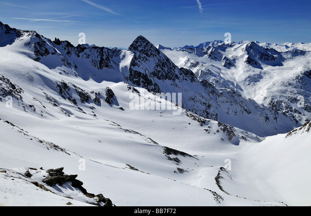 stubai-glacier-view-from-mount-schaufels