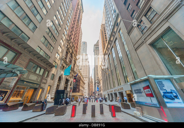 Security on Wall Street, Downtown Manhattan, New York City - Stock Image