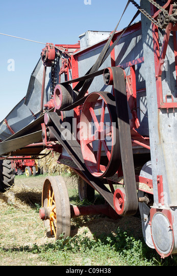 Farm Machinery Belts : Pulleys stock photos images alamy